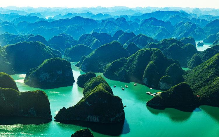 circuit vietnam cambodge 3 semaines baie d'halong